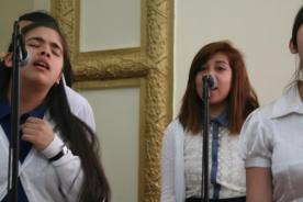 "Genesis -IDDPMI ""Monte Carmelo"" singing the devotional"