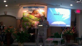 Evang. Joshua Roman preaching Gods word